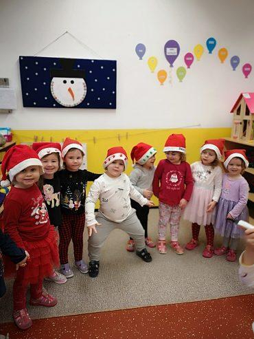 Sretan i blagoslovljen Božić žele vam Balončići