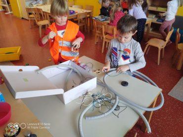 Mali genijalci, elektrotehničari