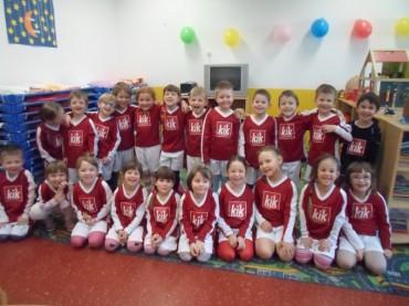 """KiK Textilien donirao nogometne dresove našim """"ZVJEZDICAMA"""""""