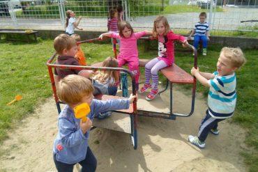 FOTO: Uvijek nam je veselo kad se u vrtiću igramo