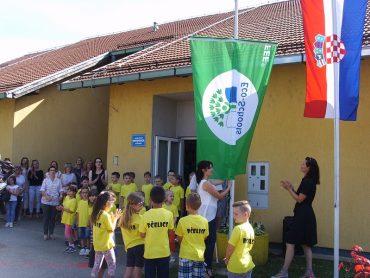 """Podizanje Zelene zastave u Dječjem vrtiću """"Potočnica""""Pitomača"""
